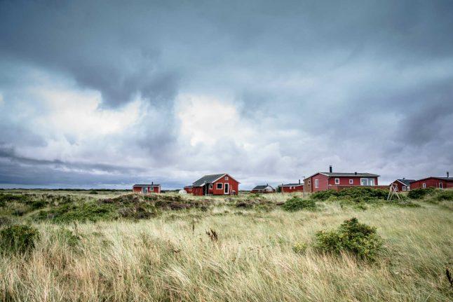 'Tie down garden furniture and trampolines': Police warn of storms in Denmark