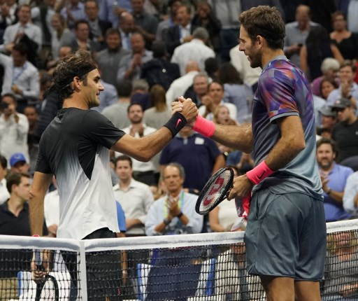 Federer beaten by 'lion' Del Potro in US Open quarterfinal