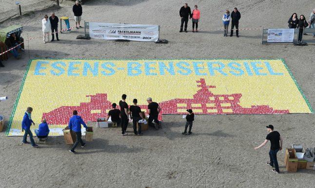 23,000 mini umbrellas erected on north German beach in world record attempt