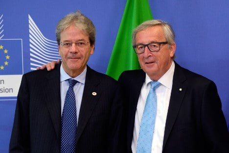 Italy, Greece guarded on Juncker's finance minister plan