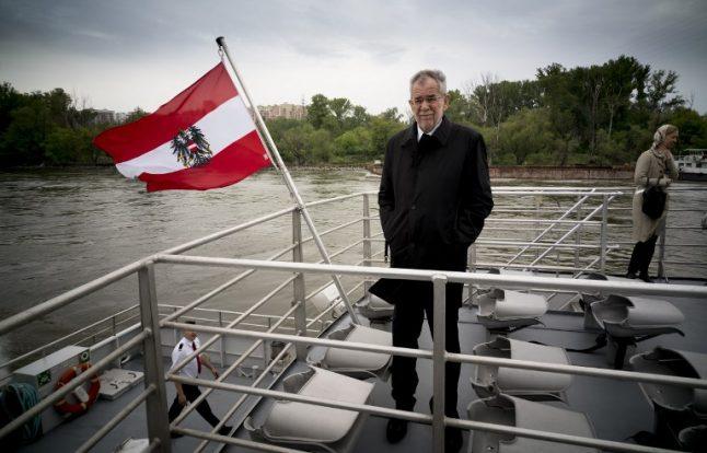 President talks up European Union ahead of tense Austrian election
