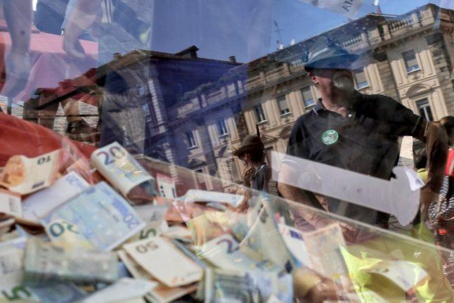 Italians show will to donate billions for the future