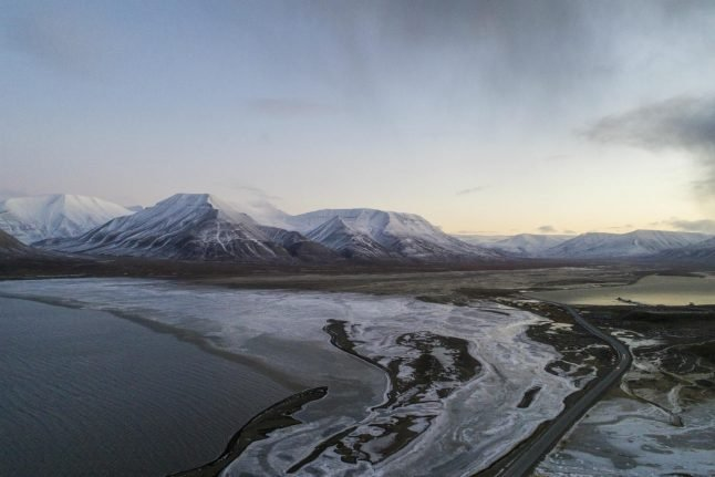 Body recovered after Arctic Norway helicopter crash