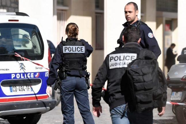 Paris: Police mystified after bomb found in plush neighbourhood
