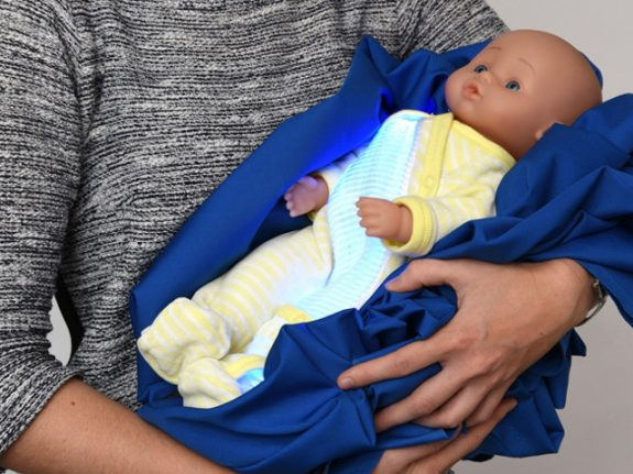 Swiss researchers invent light-diffusing onesies to treat jaundiced newborns