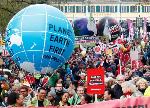 Thousands march on Bonn ahead of UN climate talks