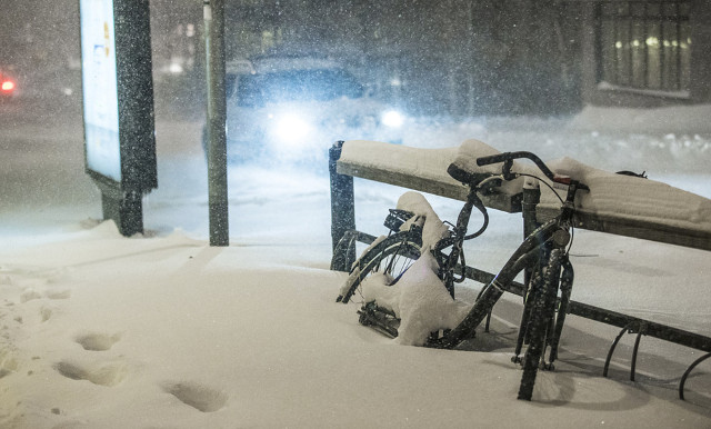 Heavy snowfall causes accidents and fatalities in Sweden