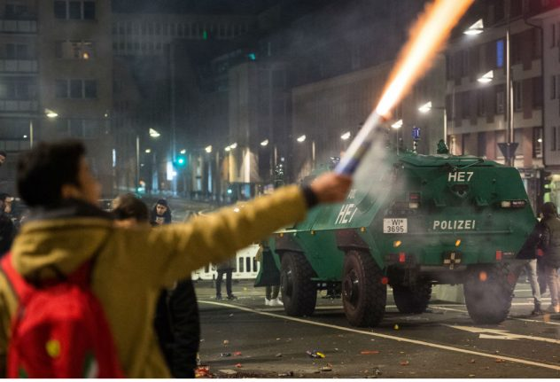 Politicians condemn New Year's Eve attacks on police and firefighters