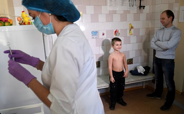 Measles cases rise six-fold in Italy as populists pledge to scrap compulsory vaccines