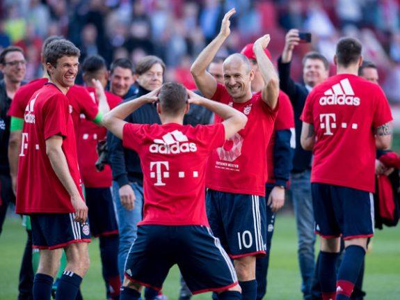 Bayern Munich win sixth straight German league title
