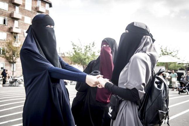 BBC cross-examines Danes on integration policy