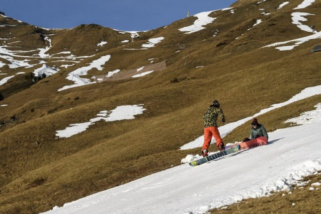 Switzerland faces hotter, drier summers and snow-scarce winters: study