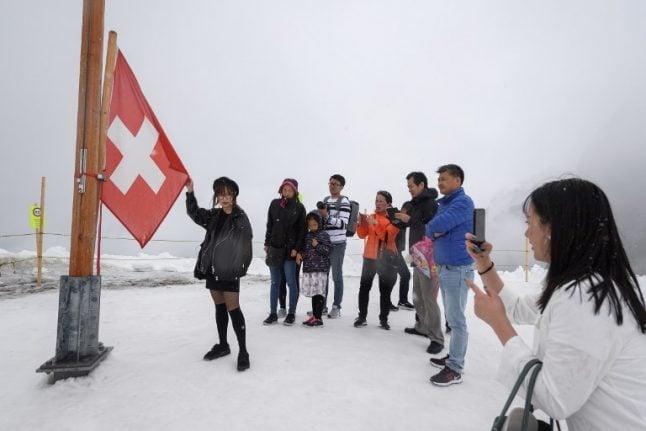 Jungfrau visitor numbers reach new heights despite fewer skiers