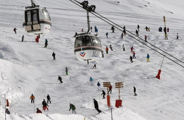 British skier dies after chairlift plunge in French Alps