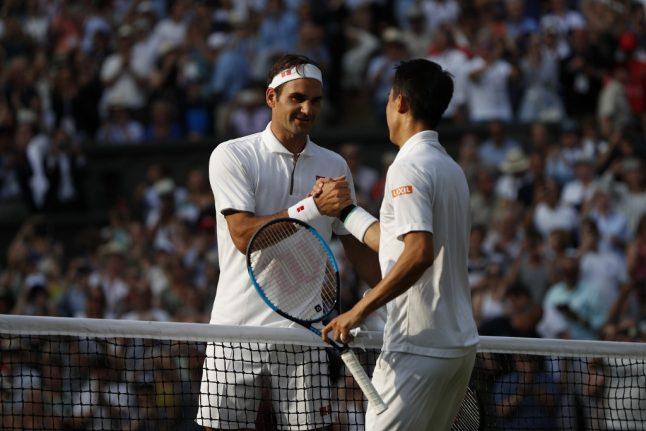 Federer pockets 100th win at Wimbledon