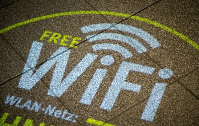 Germany's (dis)connectivity: Can the broadband Internet gap be bridged?