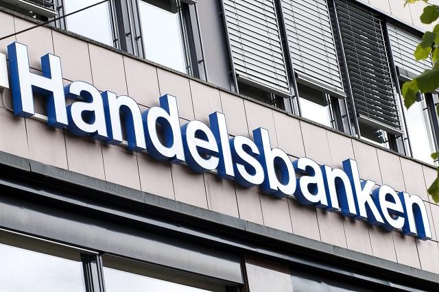 Handelsbanken to cut 500 jobs in Sweden