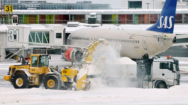 Snow causes flight cancellations and delays from Stockholm