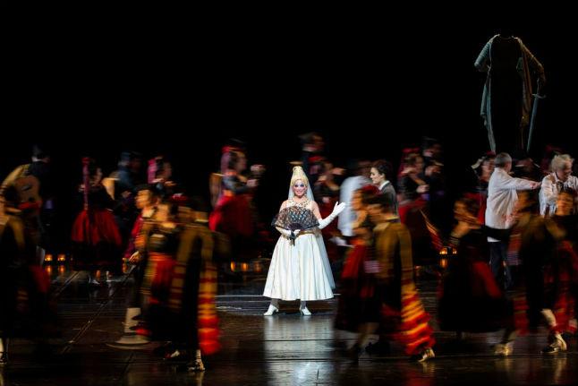 Paris Opera reopens doors after weeks of strikes