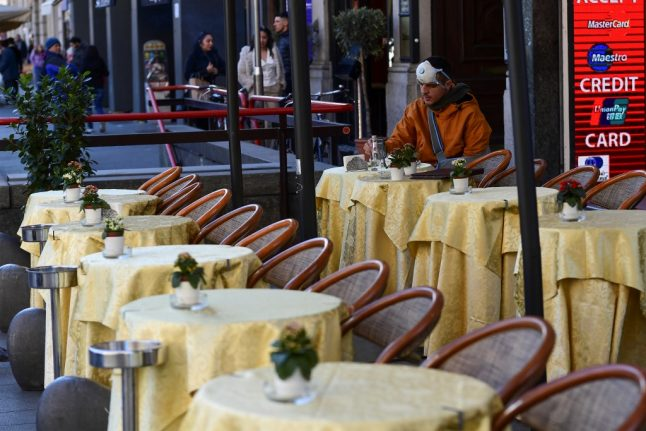 Italian ministers furious at French 'coronavirus pizza' joke