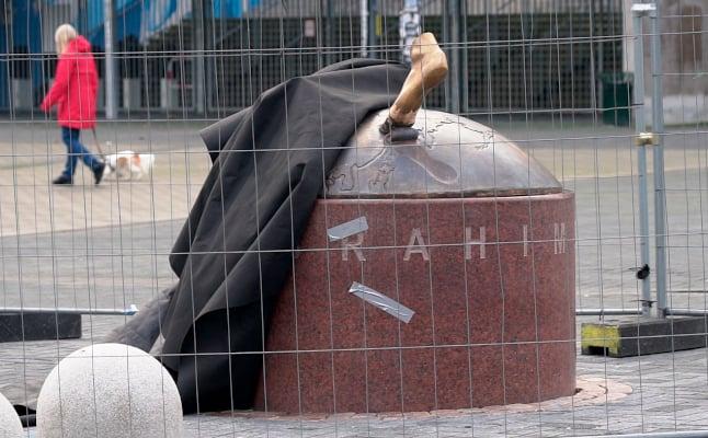 Zlatan's statue to stay in Malmö despite vandalism