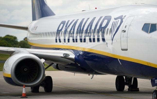 France slams Ryanair 'blackmail' over job ultimatum
