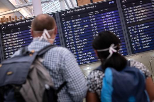 Bavaria plans free airport corona tests to halt virus at border