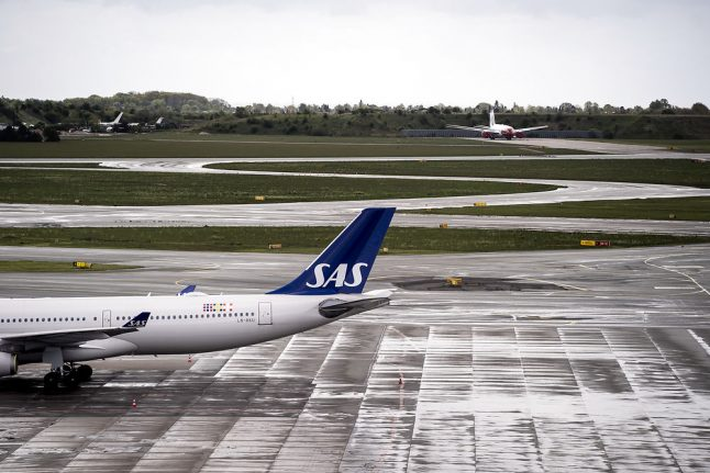 Sweden and Denmark dig deeper to save SAS