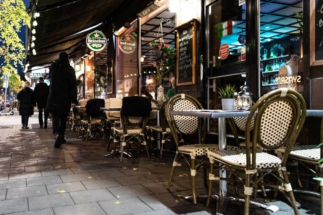 POLL: Should Sweden allow bars and restaurants to serve takeaway alcohol?