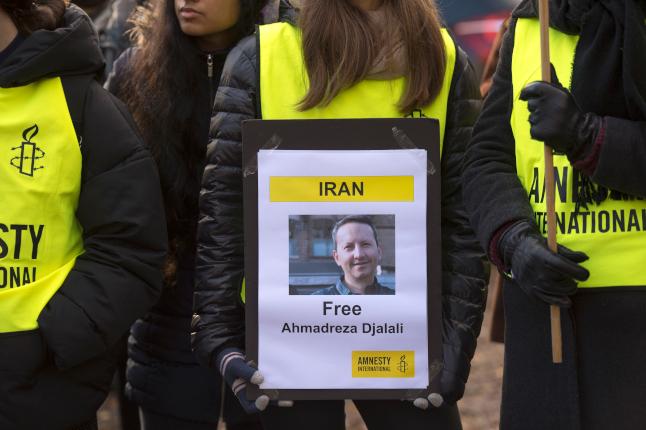 Sweden urges Iran to halt execution of Karolinska researcher
