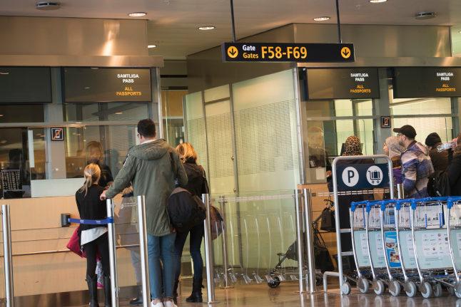 UPDATE: Sweden allows residents to return from UK – but extends flight ban