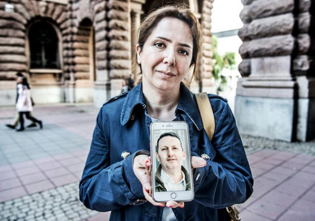 Iran postpones execution of Iranian-Swedish academic