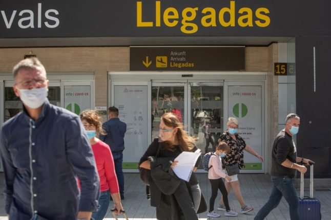 Brits returning to Spain in New Year warned to carry residency proof