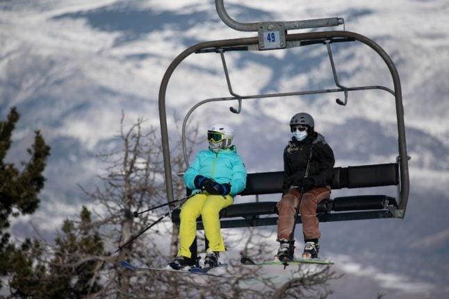 FOCUS: Ski slopes open in Spain's Catalonia despite pandemic