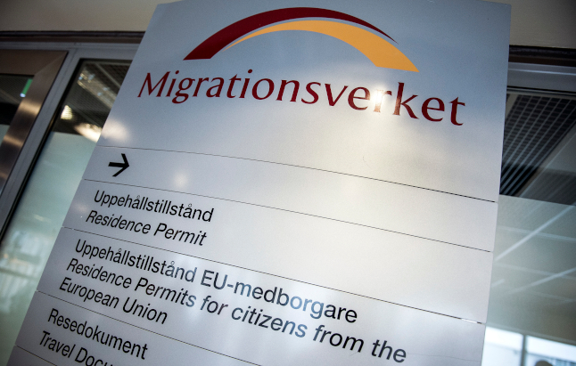 How many Brits have been granted post-Brexit residence status in Sweden?