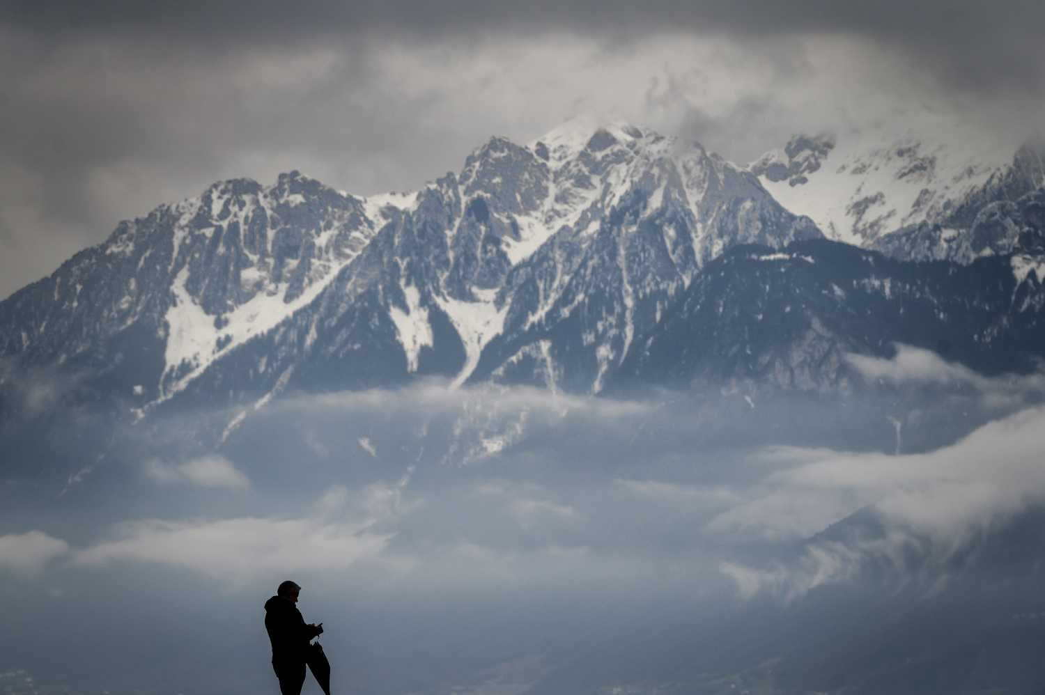 Warm, wacky and wild weather predicted for Switzerland this weekend