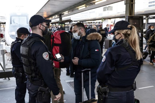 French police ramp up checks as Easter travel exemption ends