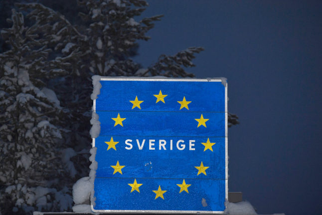Brits told to 'take action' to secure their right to stay in Sweden