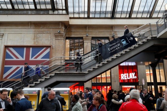 Reader question: Do Brits have to quarantine on arrival in France?