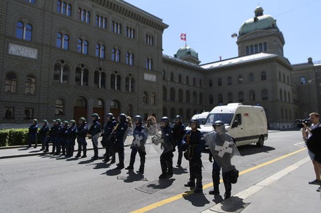 Switzerland sees new protests against coronavirus measures