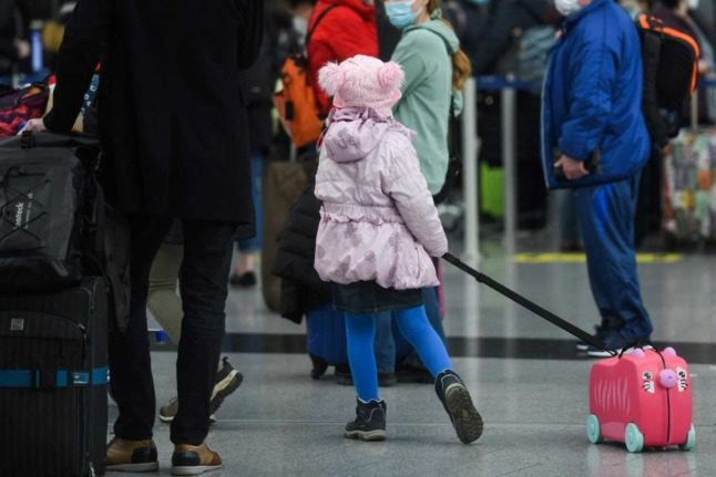 READER QUESTION: What are the rules for children and minors entering Switzerland?