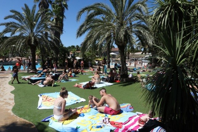 Can I get vaccinated while on holiday in France?