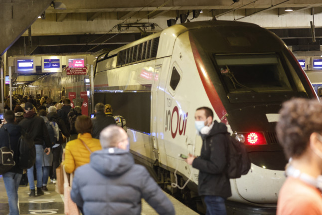 France announces August date for roll out of Covid health pass for transport