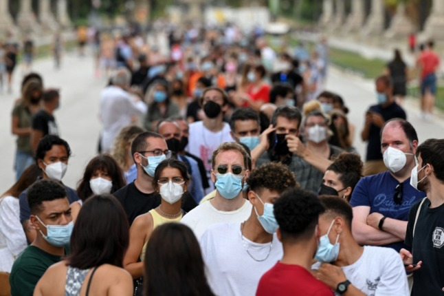 FOCUS: How Spain is racing to control Delta surge by vaccinating its young people