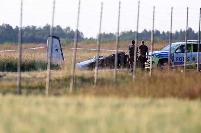 Nine dead after skydiving plane crash in central Sweden