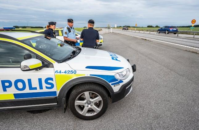 Swedish police investigate spate of motorway attacks on Danish cars