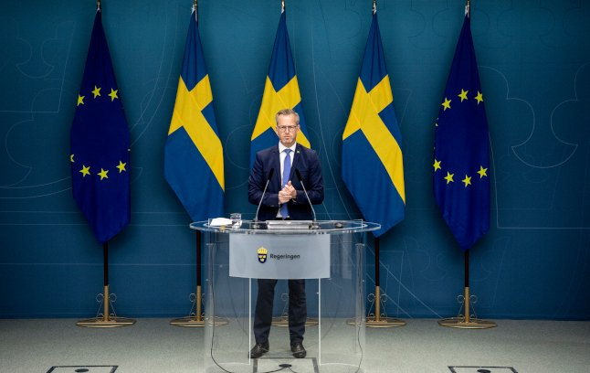Swedish government plans to increase police access to data in crime crackdown