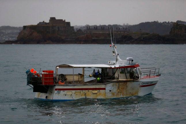 France tells UK: 'Starting a fishing feud won't bring you turkeys for Christmas'