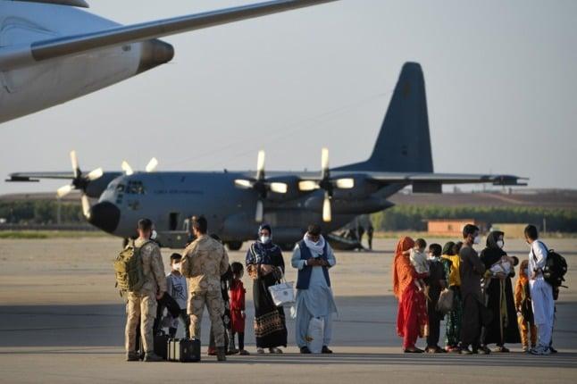 Spain starts evacuating Afghan employees via Pakistan