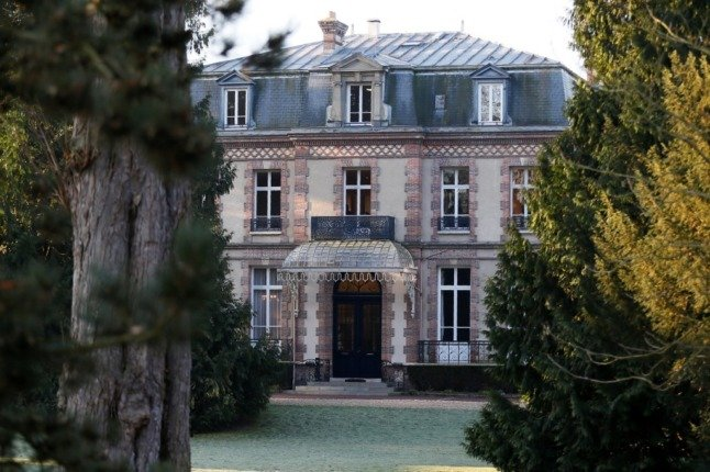 French property roundup: Second-home tax increases and one-click moving website
